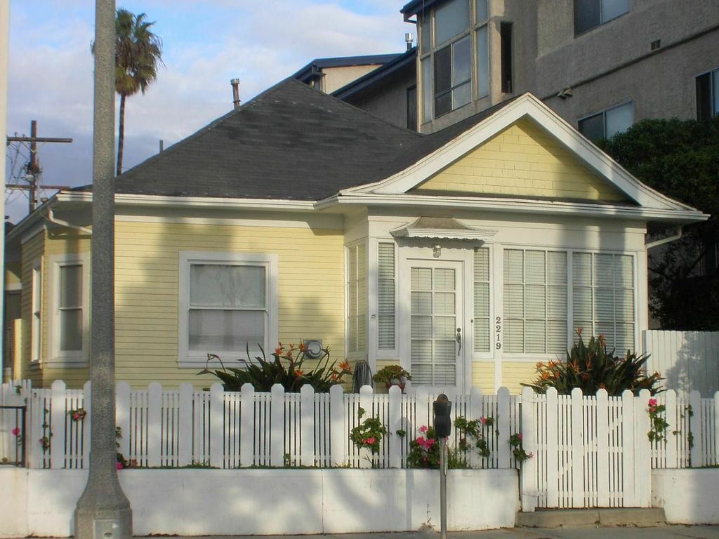 the last remaining beach-facing cottage on Ocean Avenue in Ocean Park by its current owners John and Donna Heidt.
