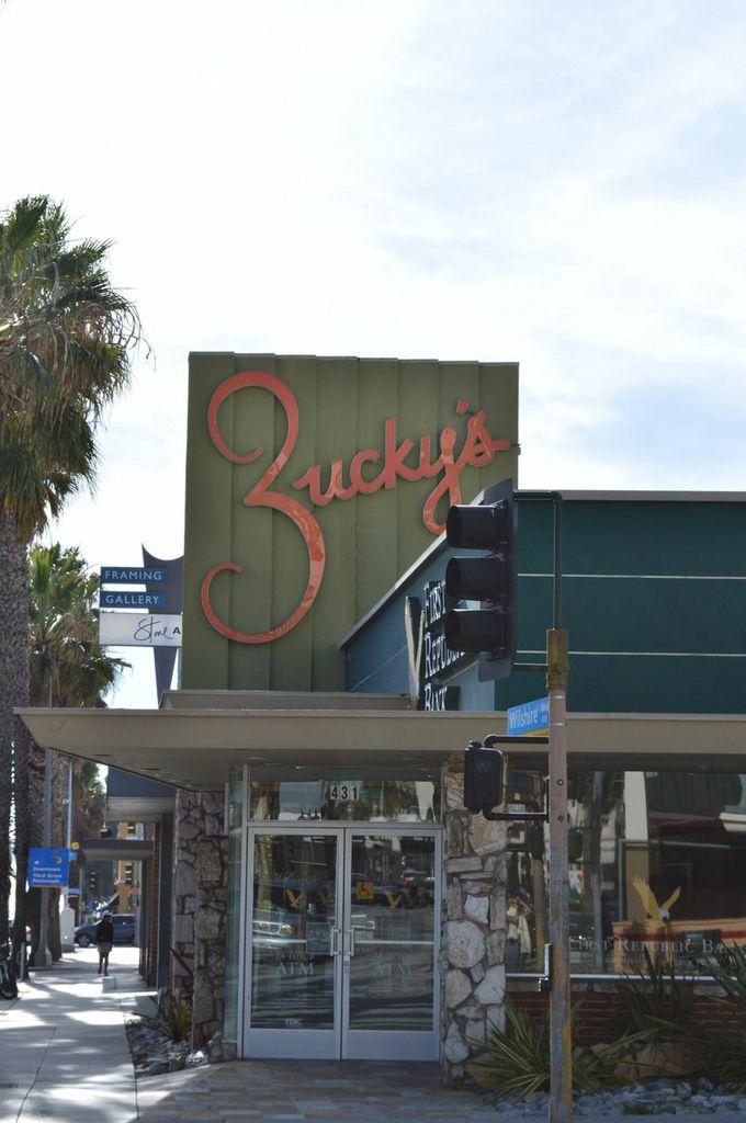 zuckys 431 Wilshire
