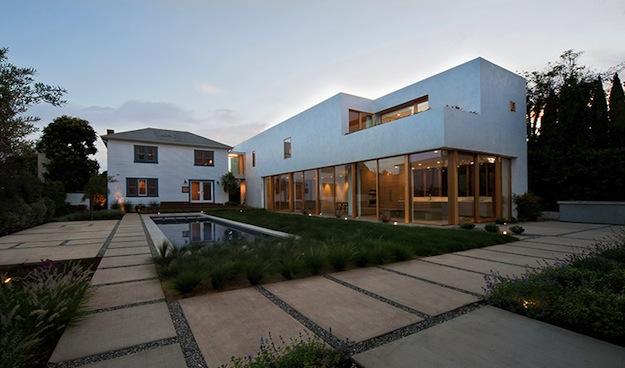 Brecht House 2