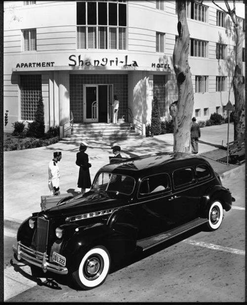 The Shangri-La Hotel, 1301 Ocean Avenue in Santa Monica, 1940. Photo credit Los Angeles Past.